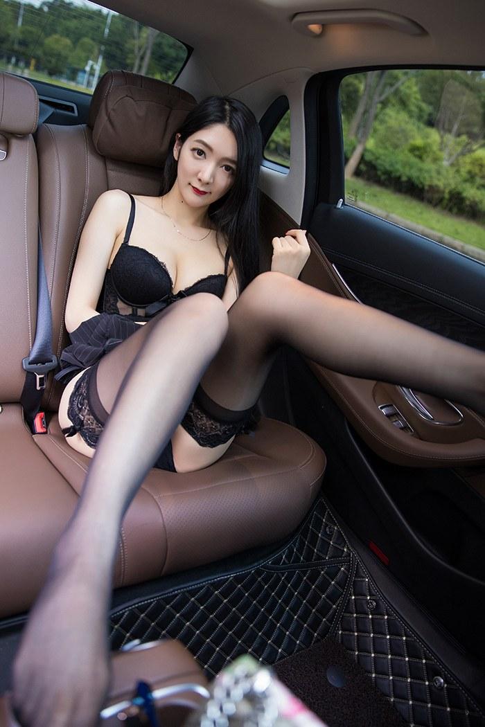【小热巴】都市丽人小热巴性感连体情趣内衣车上极致诱人艺术写真 X丝玉足