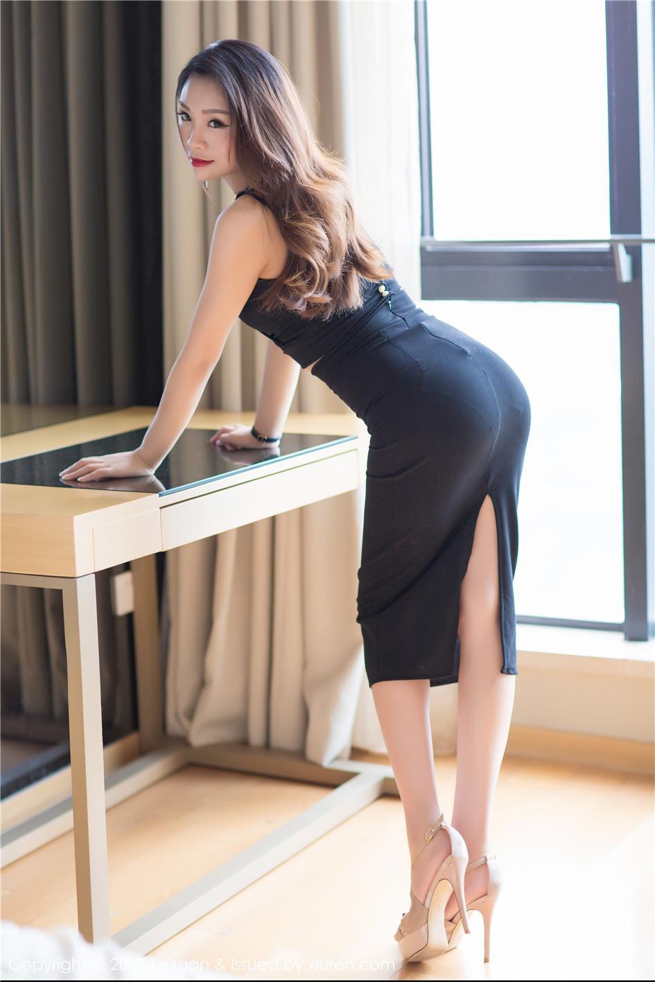 【星乐园】【Tina】 气质型女人Tina凹凸有致的身材惹火写真 VOL.034【22P】 写真集
