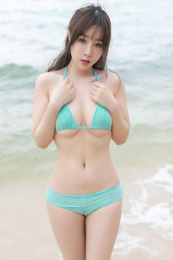 【王雨纯】嫩白美女王雨纯沙滩上大胆诱人长发真人秀展示迷人身姿【24P】 性感内衣