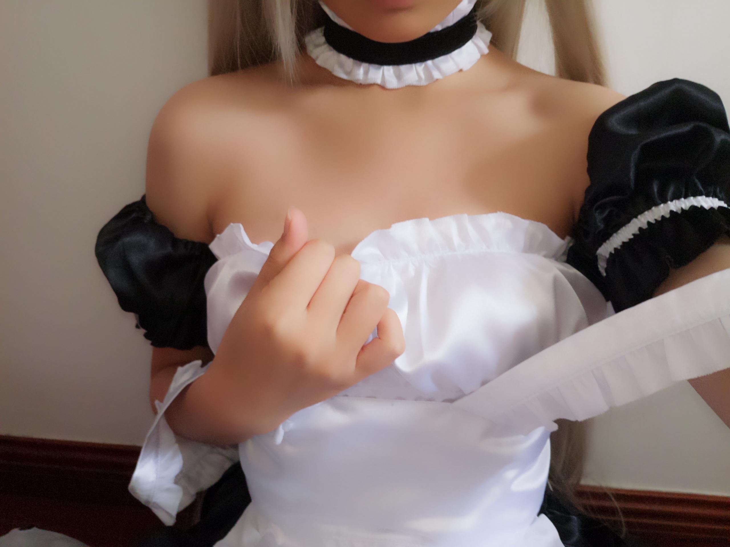 【穹妹】萌妹自拍-女仆装穹妹C0S白丝美腿私房照【40P】 COS