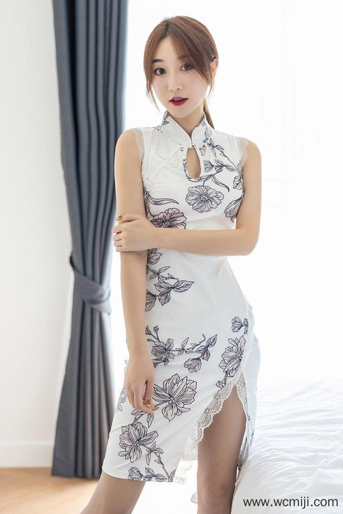 【国模女神】【九月生】气质白皙玉女九月生旗袍肉丝长腿撩人高清写真【40P】 模特