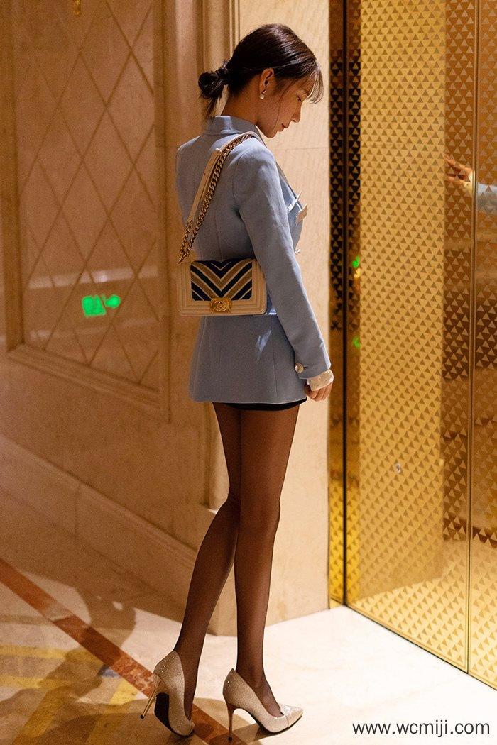 【写真集】【周于希】风情火辣女神周于希酒店午休半裸入浴【45P】 制服