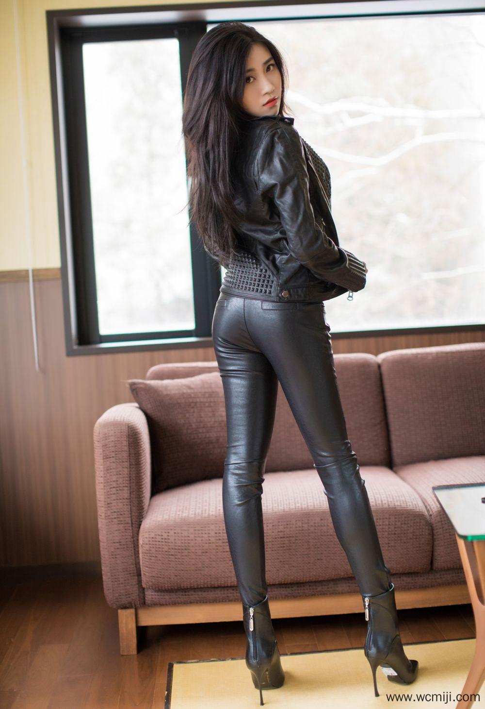 【写真集】【美女】高跟美女皮衣皮裤包臀裙勾魂人体艺术图片【30P】 X丝玉足