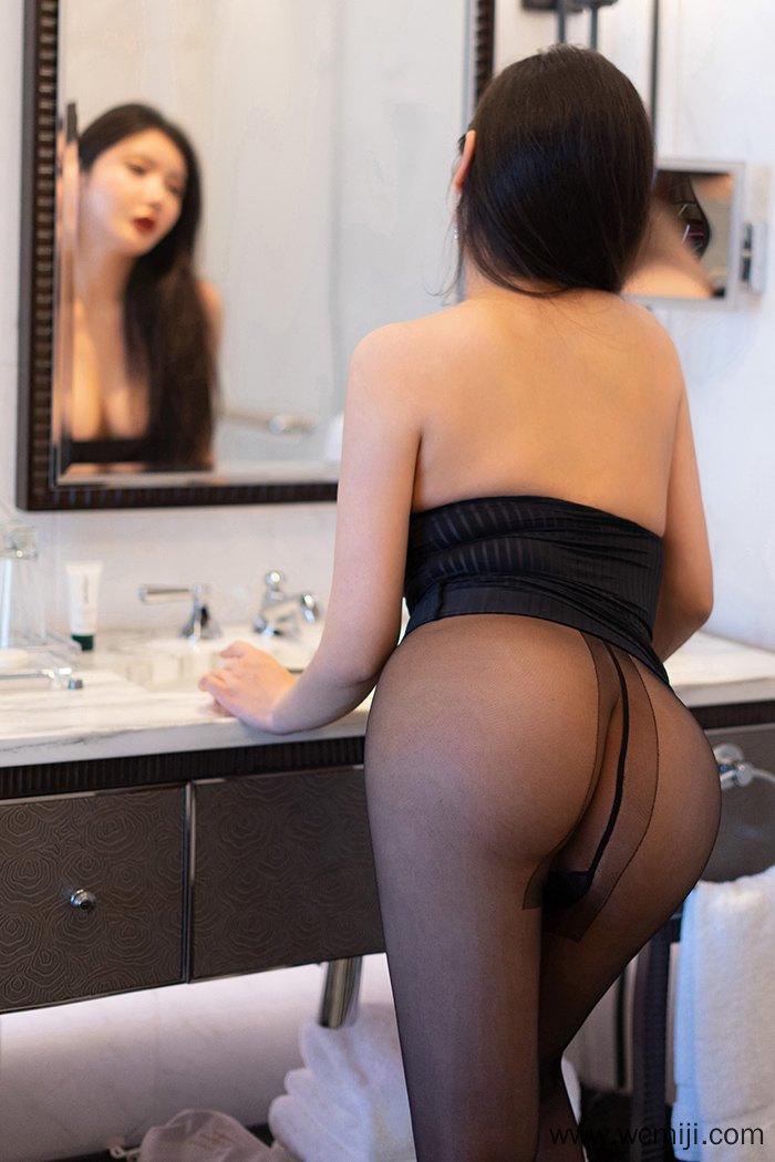 【写真集】【美女】极品大屁股美女人体艺术高清写真集【28P】 性感内衣