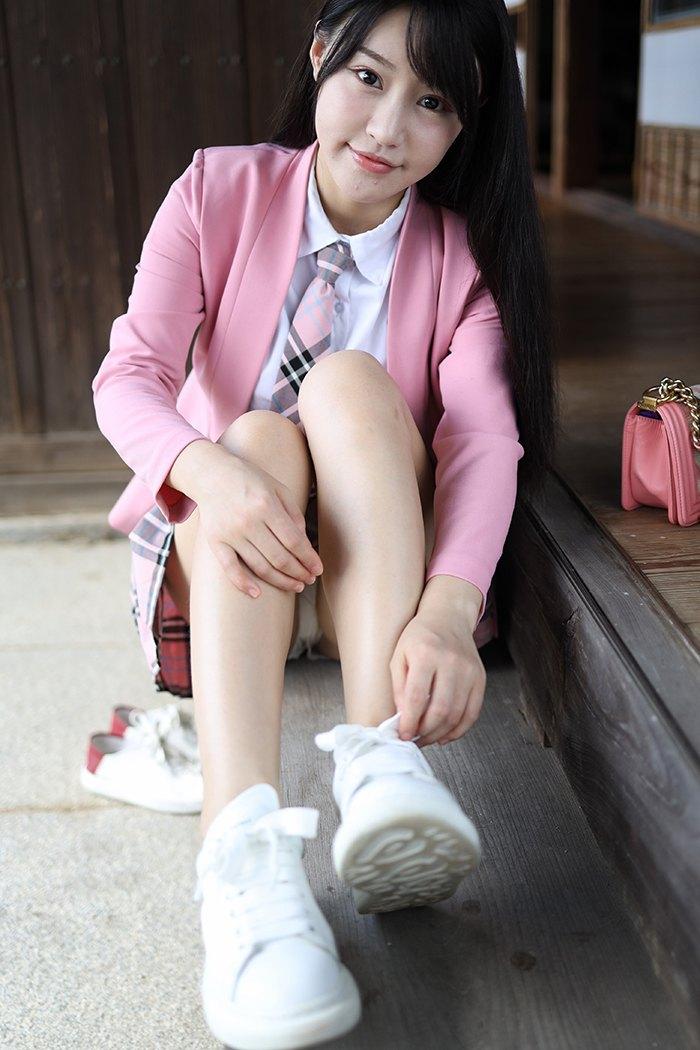 【写真集】【朱可儿】乖巧可人学生妹朱可儿童颜巨乳让你目光情不自禁【34P】 制服
