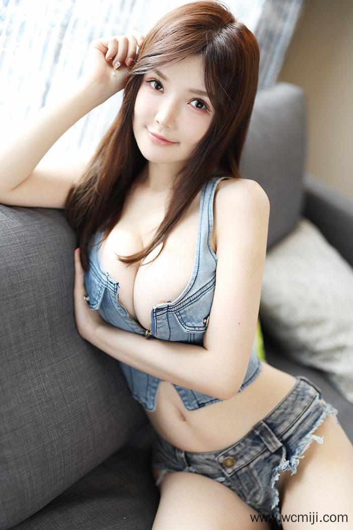 【个人写真】【糯美子】童颜惹人小妹糯美子白皙巨乳可口多汁【48P】 写真集