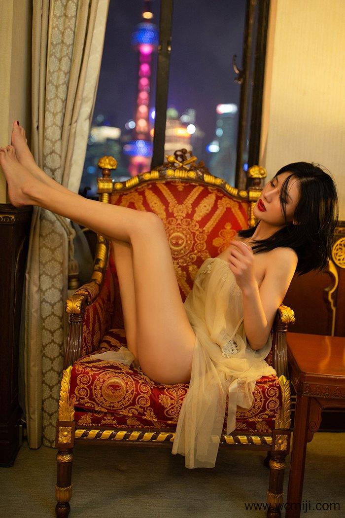 【个人写真】【阿朱】绝色情人阿朱妖艳撩人身姿令人欲仙欲死【50P】 X丝玉足