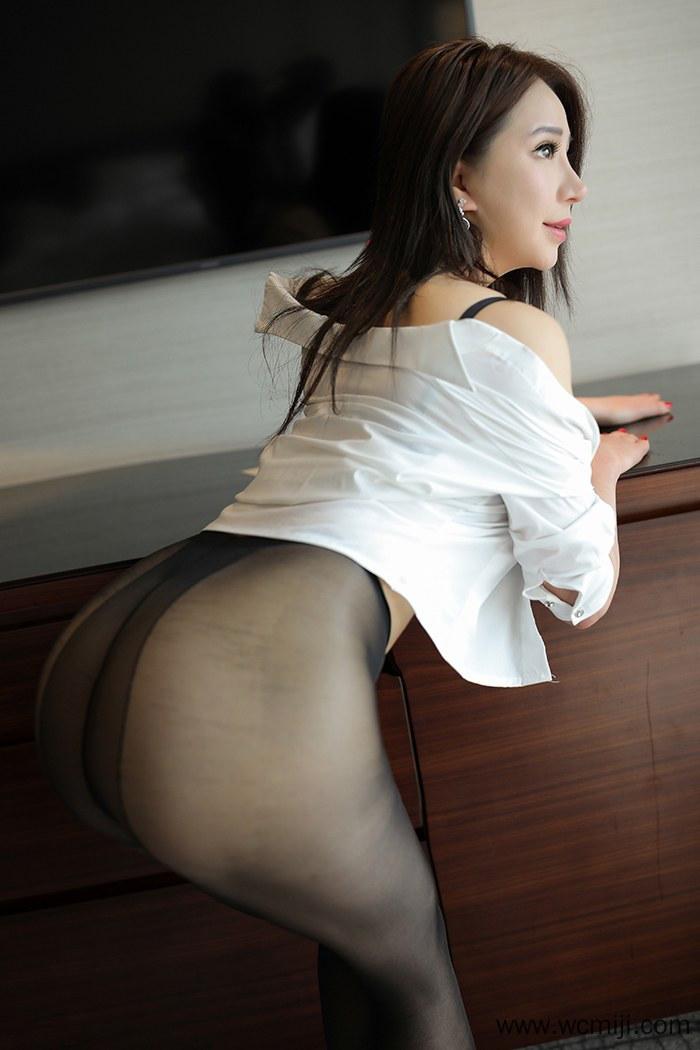 【写真集】【宝儿】修长美腿情人宝儿kiki白皙巨乳撩人蚀骨【40P】 X丝玉足