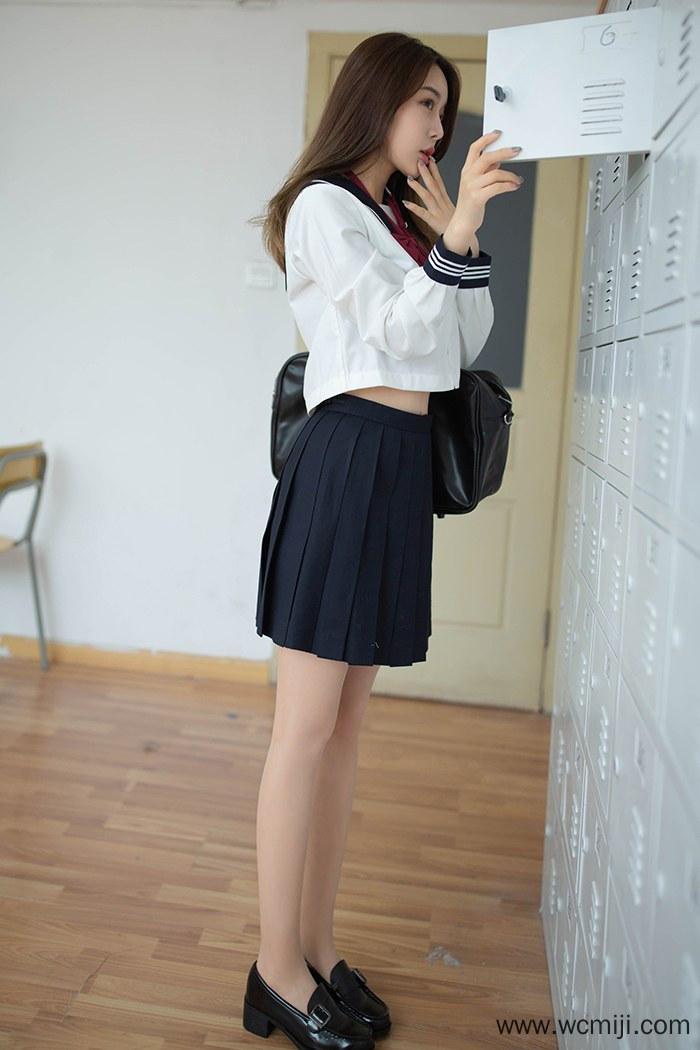 【模特】【夏诗雯】奶茶学生妹夏诗雯长腿肉丝美乳教室调皮露出【48P】 模特