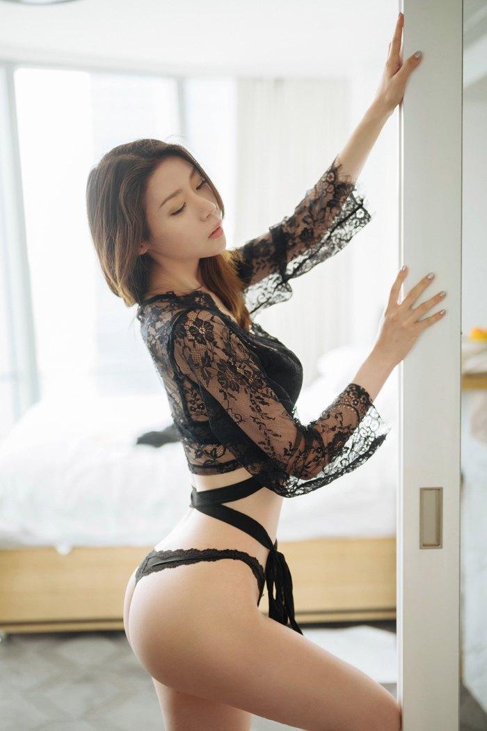【性感美女】【梦心月】迷情少妇梦心月嫩圆美臀苗条身材肉体诱惑令人痴醉【47P】 性感内衣