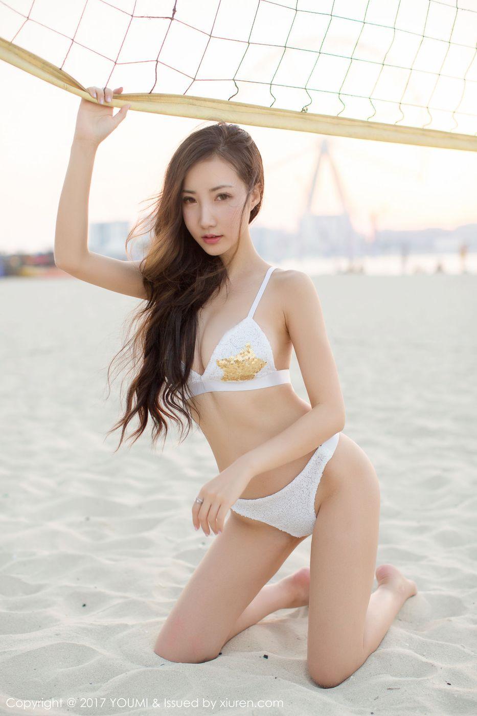 【写真集】【尤美】人体艺术女神尤美迪拜海滩比基尼风骚诱人写真图片【37P】 性感内衣