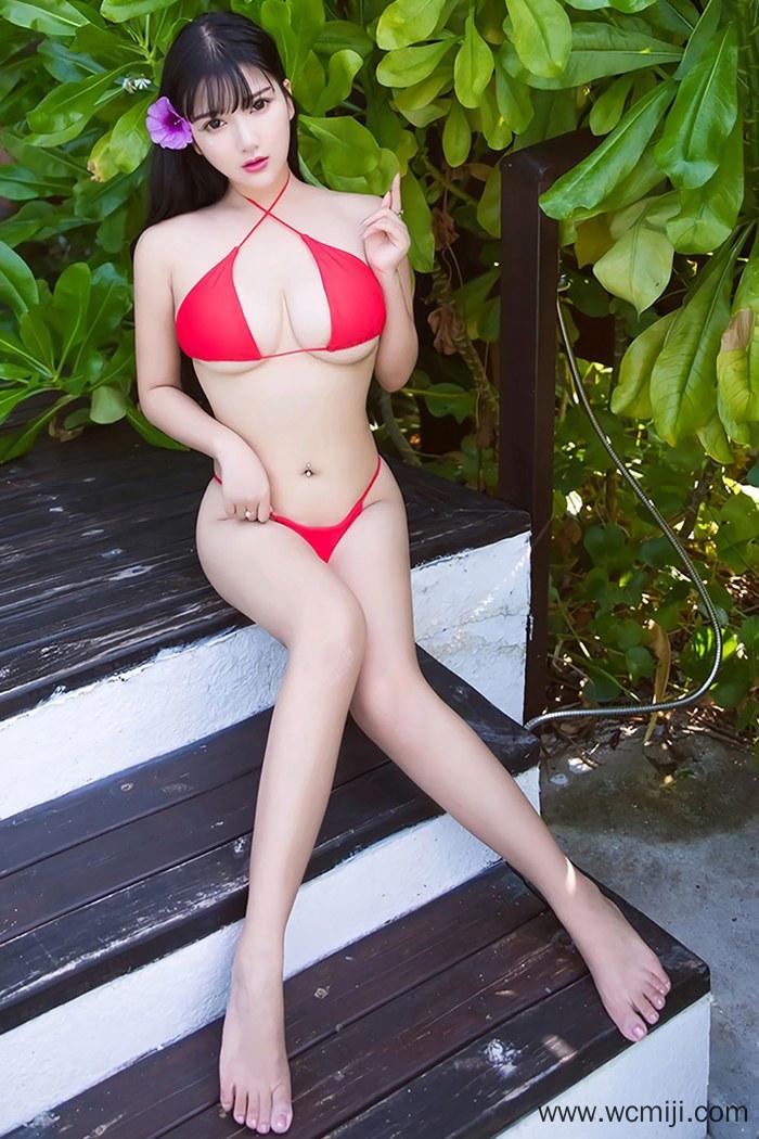 【性感美女】【小尤奈】人体美女小尤奈嫩胸夹树叶尽显勾魂事业线【36P】 性感内衣