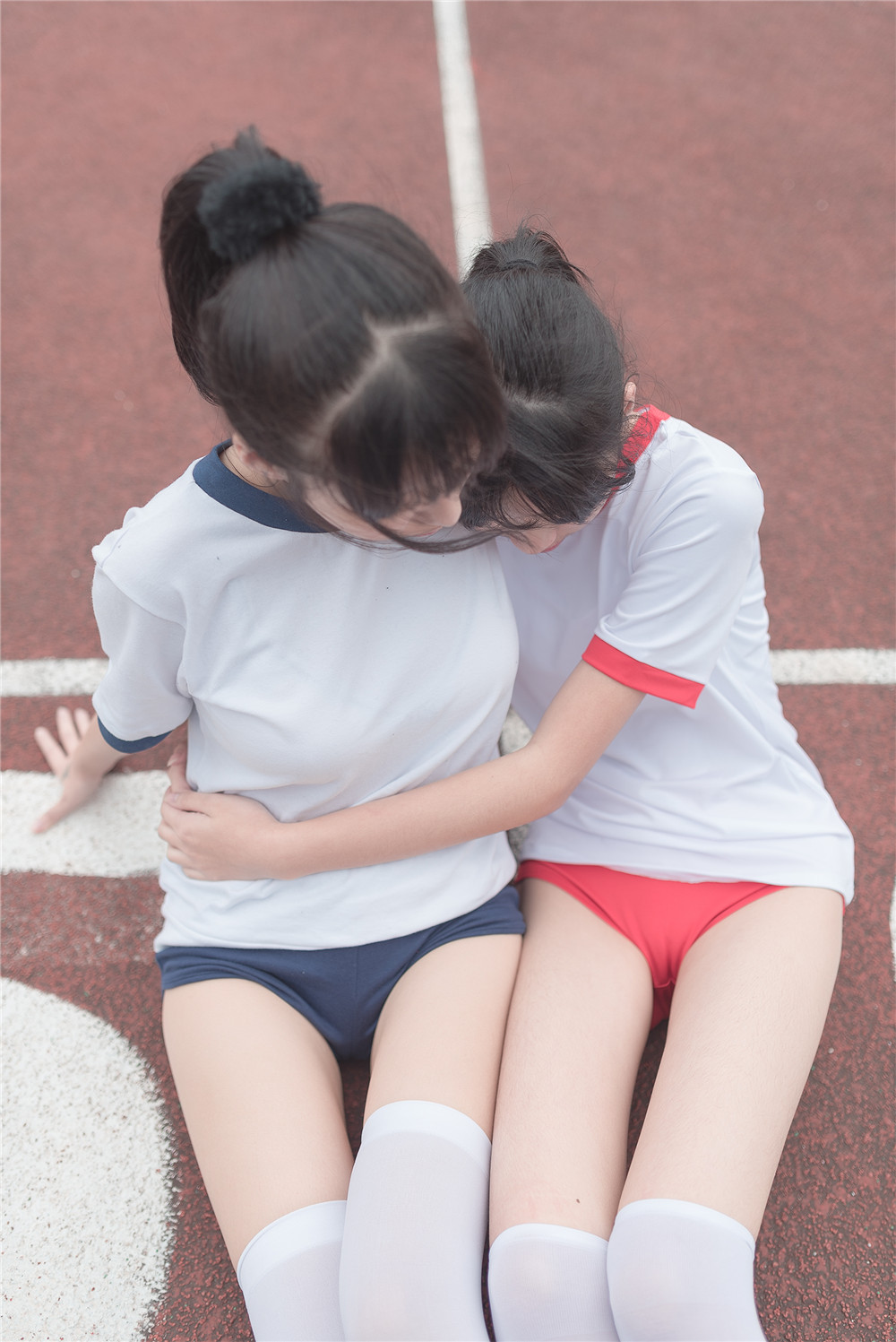【私拍】【少女】清纯姐妹百合体操服少女私房照隐约诱人【51P】 制服