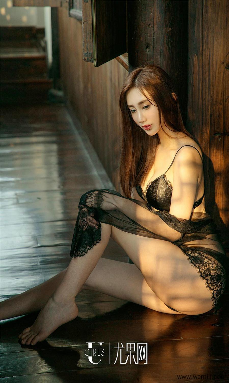 【苏小曼】国色天姿美女苏小曼园林大露极品美胸长腿人体艺术图片【32P】 性感内衣