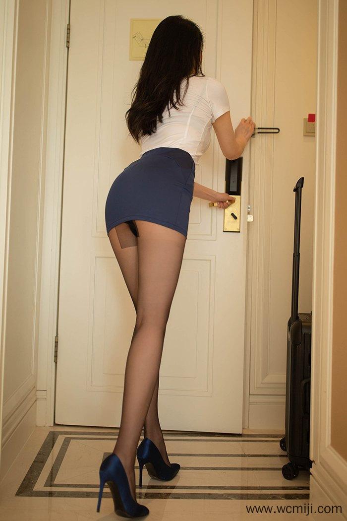 【写真集】【安然】风情火辣空姐安然黑丝高跟长腿酥胸沁心【50P】 制服