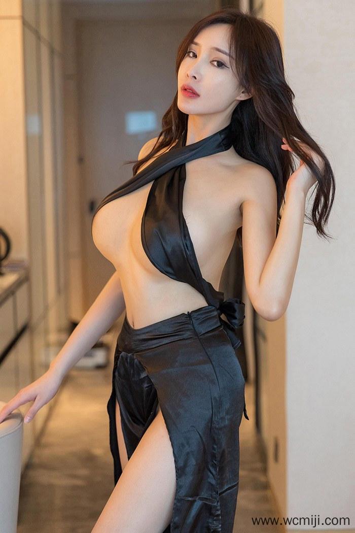 【写真集】【周妍希】性感美女周妍希玉背翘臀布条遮胸大胆人体艺术写真图片【46P】 写真集