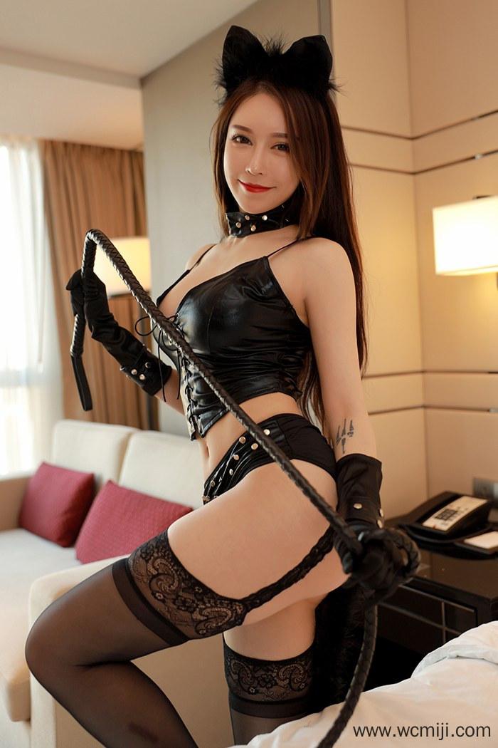 【性感美女】【玉兔Miki】极品风情夜猫玉兔Miki蕾丝情趣皮鞭调教【46P】 制服
