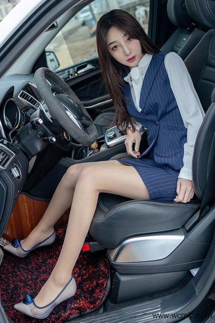 【模特】【九月生】极品白皙美女九月生肉丝玉足长腿勾魂待你调教【43P】 制服