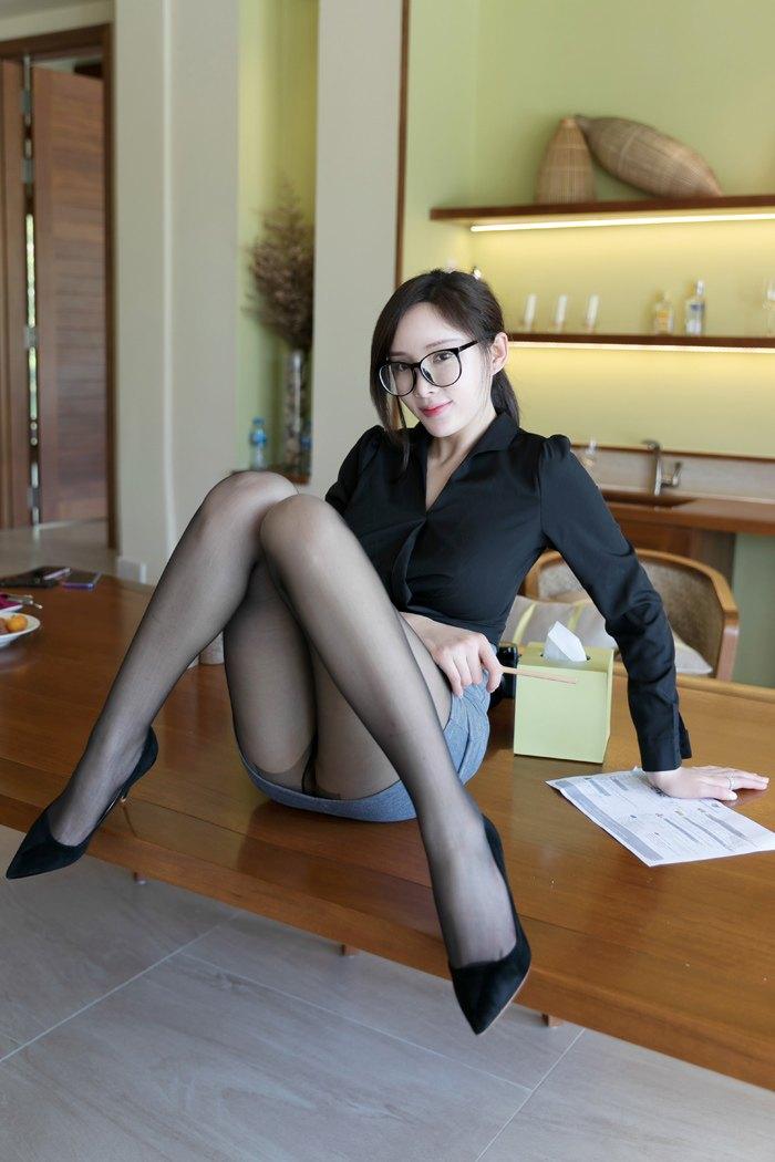 【模特】【周妍希】诱人OL辣妹周妍希性感丝袜美腿诱惑【40P】 制服