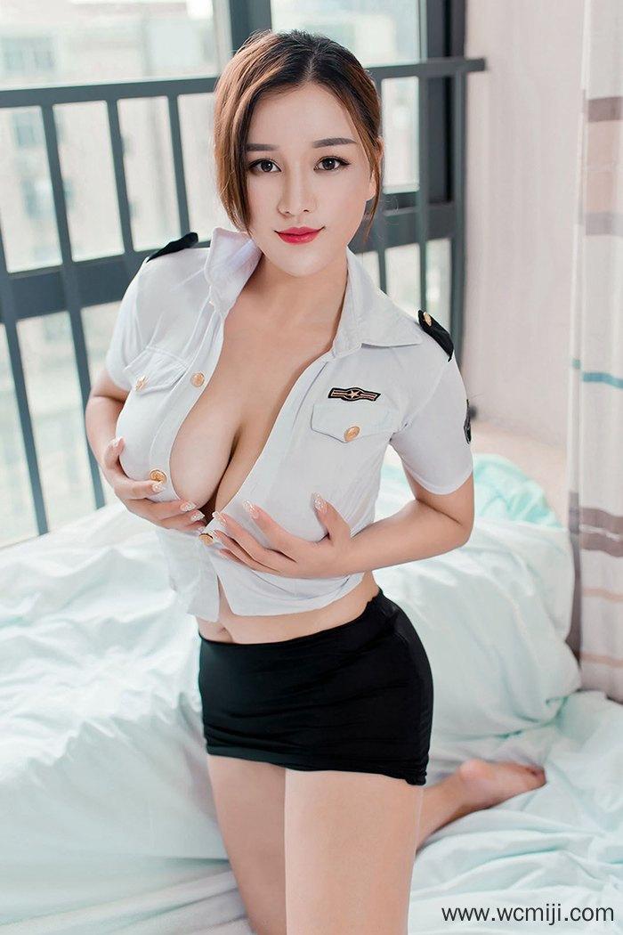 【网红】【潘琳琳】魅力女神潘琳琳丰嫩人间胸器圆润肥臀让人迷恋【44P】 制服