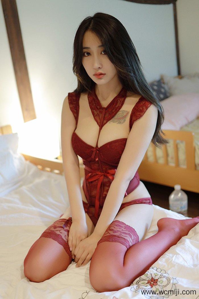 【网红】【林子欣】销魂红娘林子欣微红丝袜香滑娇体风光甚【59P】 性感内衣