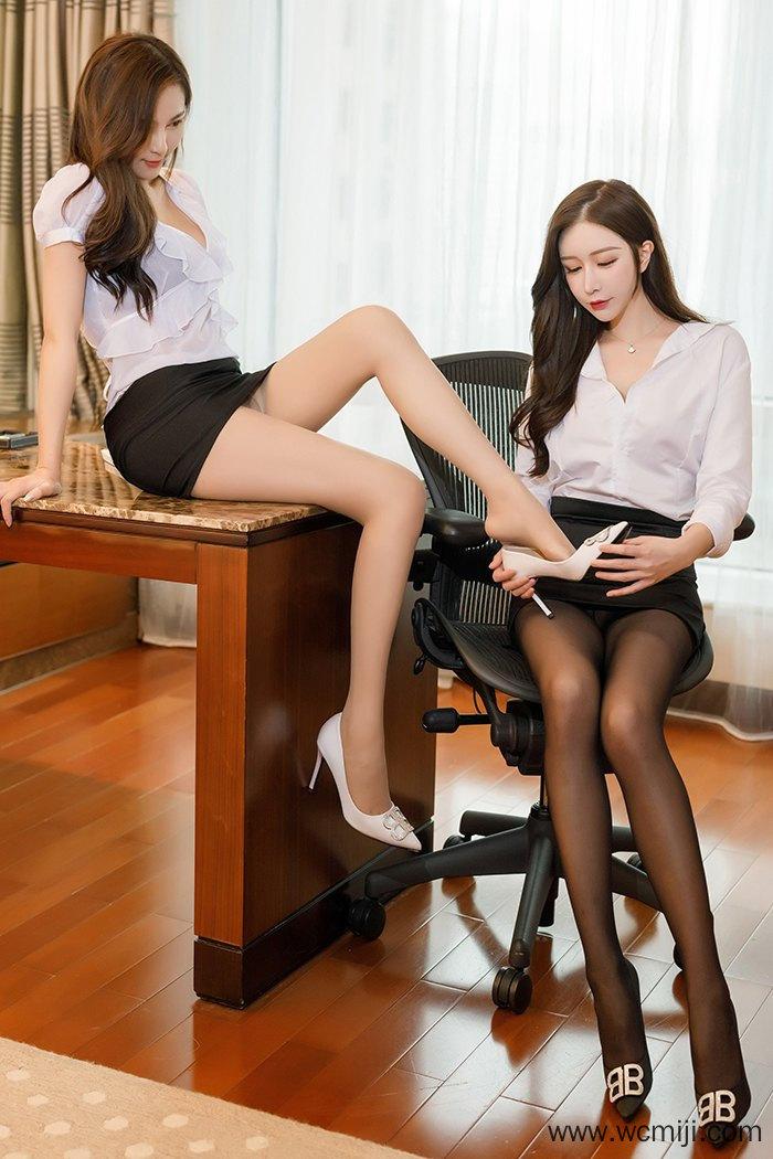 【写真集】【姐妹】绝色妩媚双骄丝袜美腿性感曲线挑逗【48P】 COS