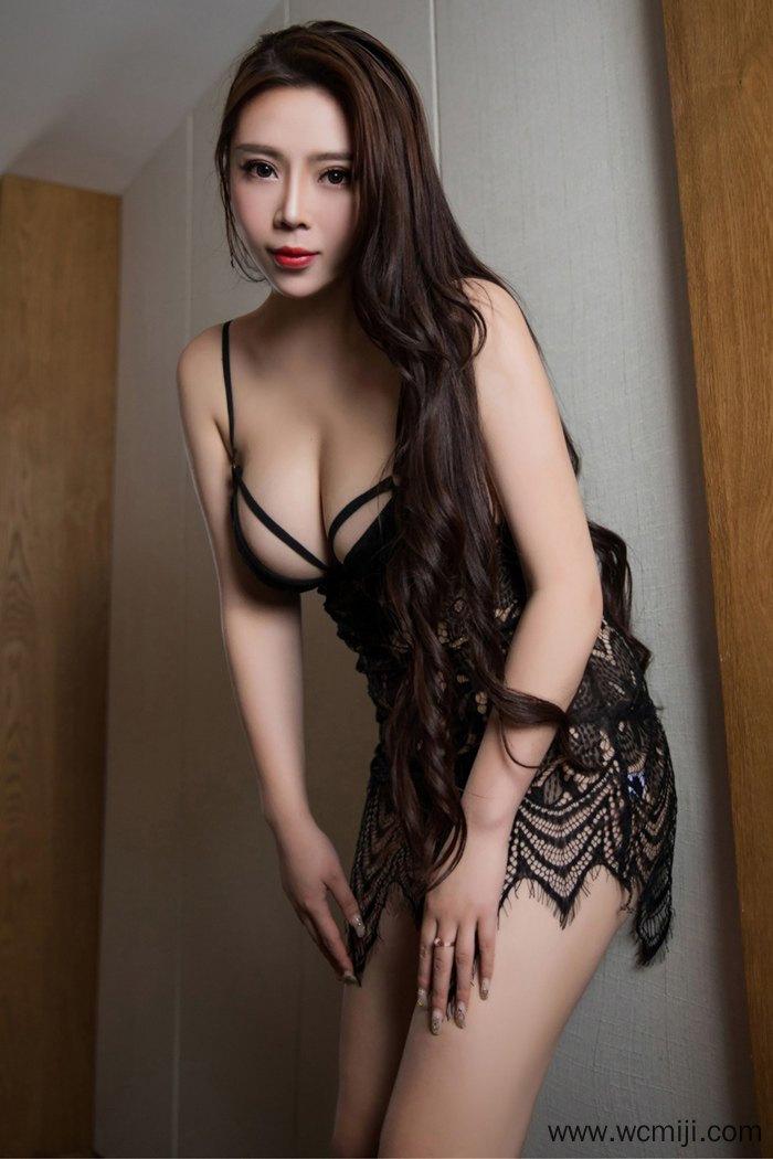 【模特】【Miki】修长美腿少妇Miki精致五官居家情趣睡衣诱惑【43P】 写真集