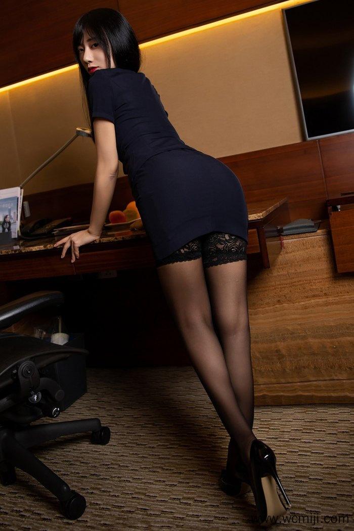 【写真集】【何嘉颖】高颜值性感女秘书何嘉颖诱人长腿火辣身材诱惑【60P】 制服