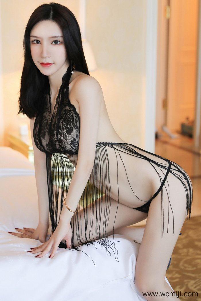【性感美女】【周于希】迷情熟女周于希情趣黑丝内衣撩人火辣身材【39P】 性感内衣
