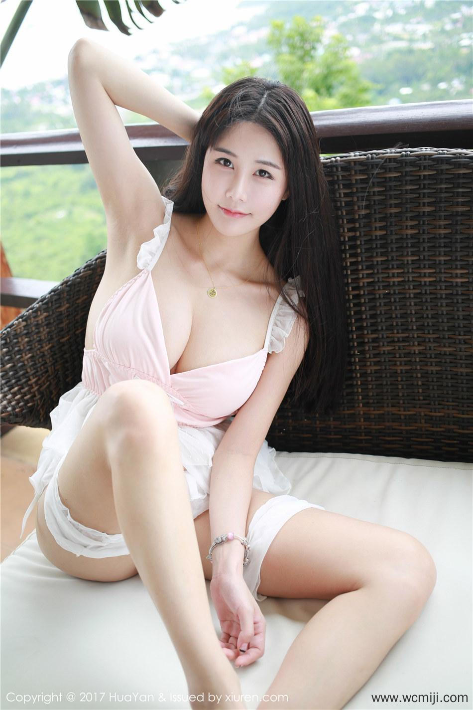 【花の颜】【琳琳】性感大胸美女琳琳ailin私拍写真 Vol.052【50P】 写真集