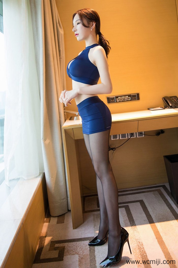 【模特】【周于希】性感女神周于希高跟黑丝包臀开胸装诱惑令人如痴如醉【40P】